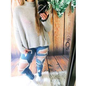 Ann Taylor ultra cozy sweater ☕️